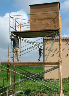 Building The Lesser Kestrel hide